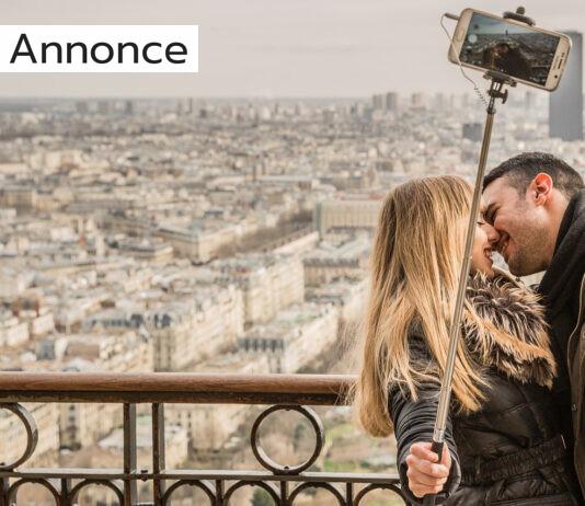 Et par som tager en selfie